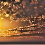 【CG】夕陽と雲の広がる夕焼け空【背景画像】 sky_0020